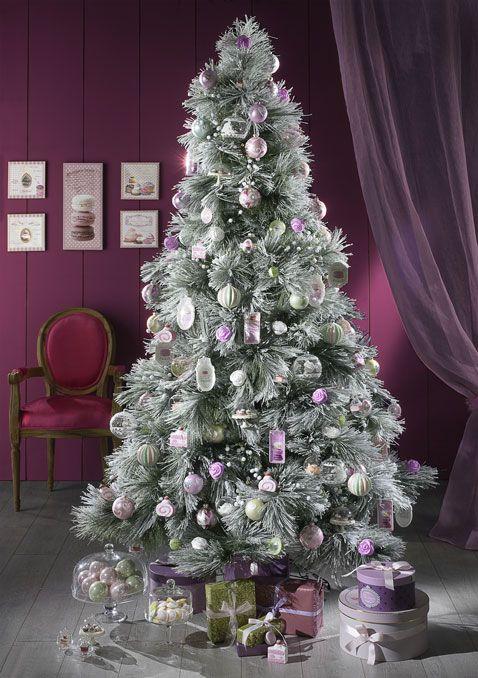 Sapin De Noël. 5 Ambiances Pour La Décoration D'Un Sapin Féérique
