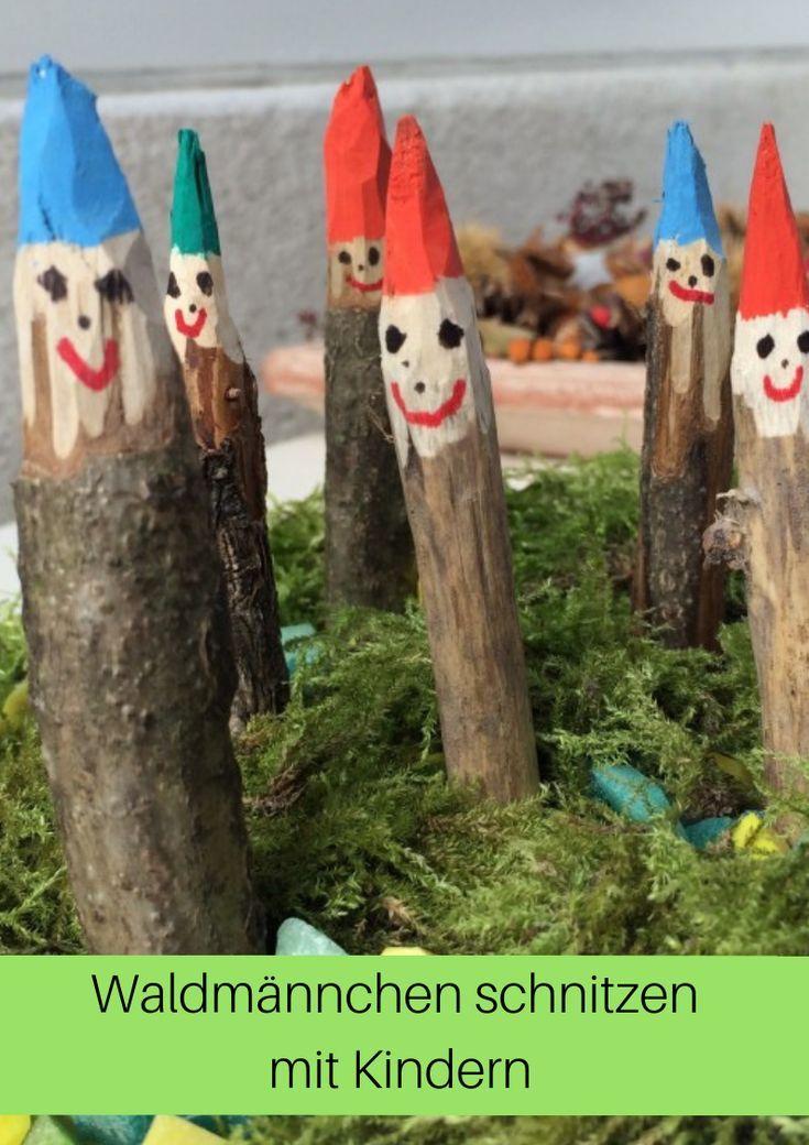 Schönes Natur-Herbst-Bastel-Projekt mit Kindern: Waldmännchen schnitzen mit dem Sackmesser