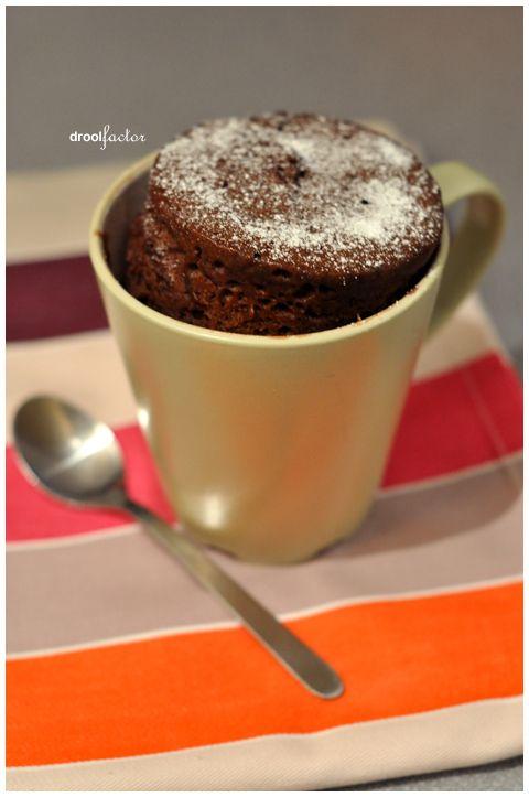 5 minute cake in a mug