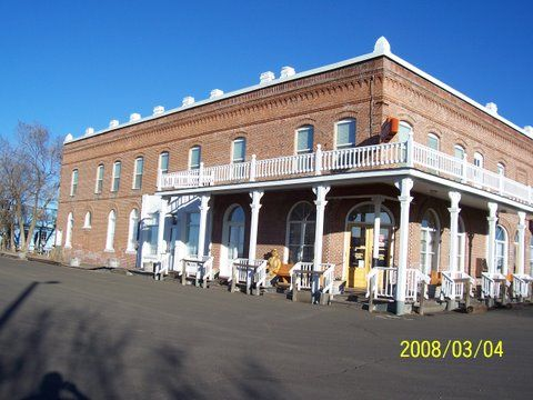Columbia Southern Hotel Shaniko Oregon 1900