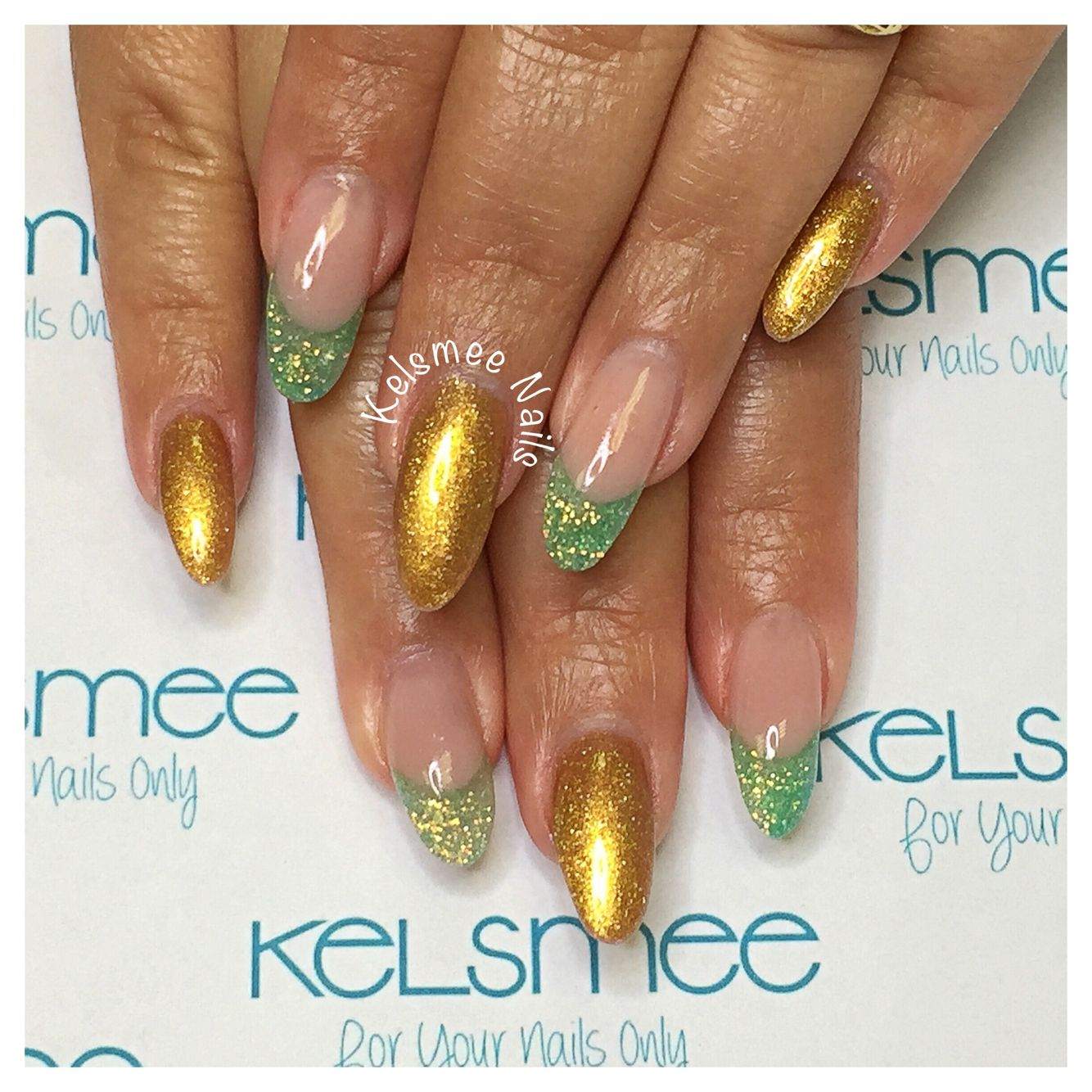 Youngnails acrylic youngnails glitters And ManiQ overlay gold en ...