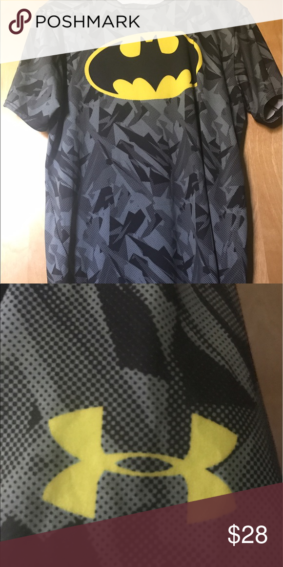 f5c3d227110b4 Batman Under Armour Compression T-Shirt Batman Under Armour Compression  T-Shirt feels comfortable and not too tight on Medium size. Under Armour  Shirts Tees ...