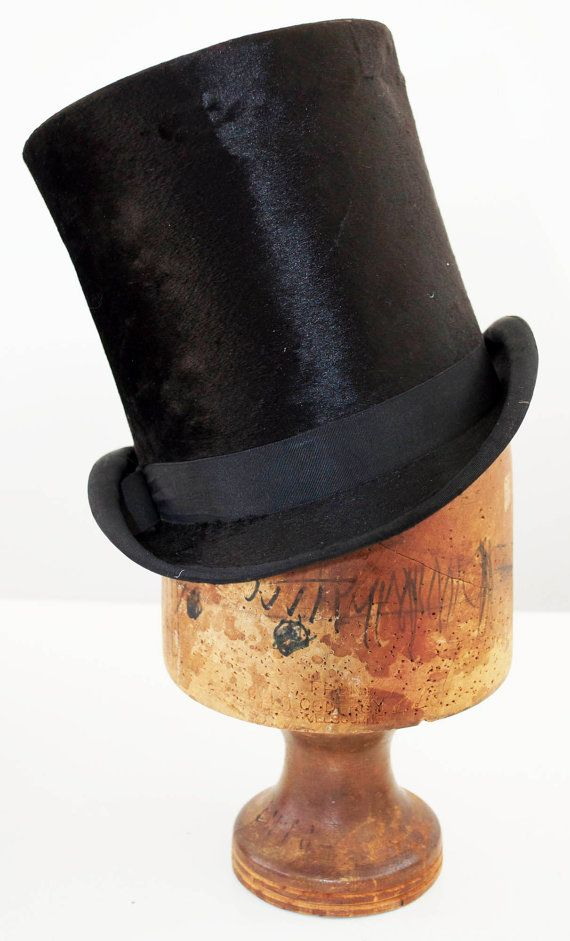 ANTIQUE Vintage TOP HAT - Black Beaver Silk - Made in England by Samuel  Mortlock   Son of London - mid 1800s - size 6 7 8 (mens medium) dccab6f72e22
