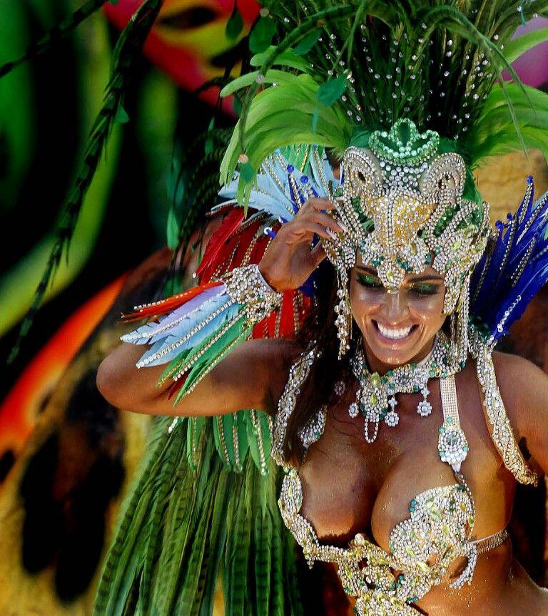 Rainha de bateria carnaval - Brasil  #Party #carnaval