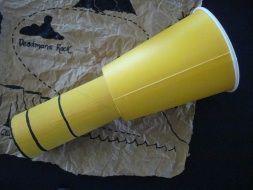 Telescópio do Pirata com materiais reciclados.