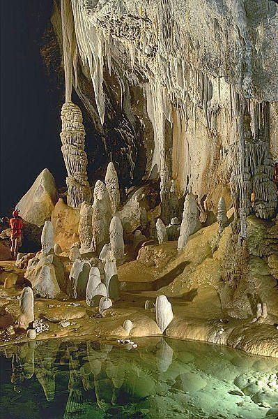 Resultado de imagen de La Cueva Lechuguilla, en el Parque Nacional de las Cavernas de Carlsbad, Nuevo México