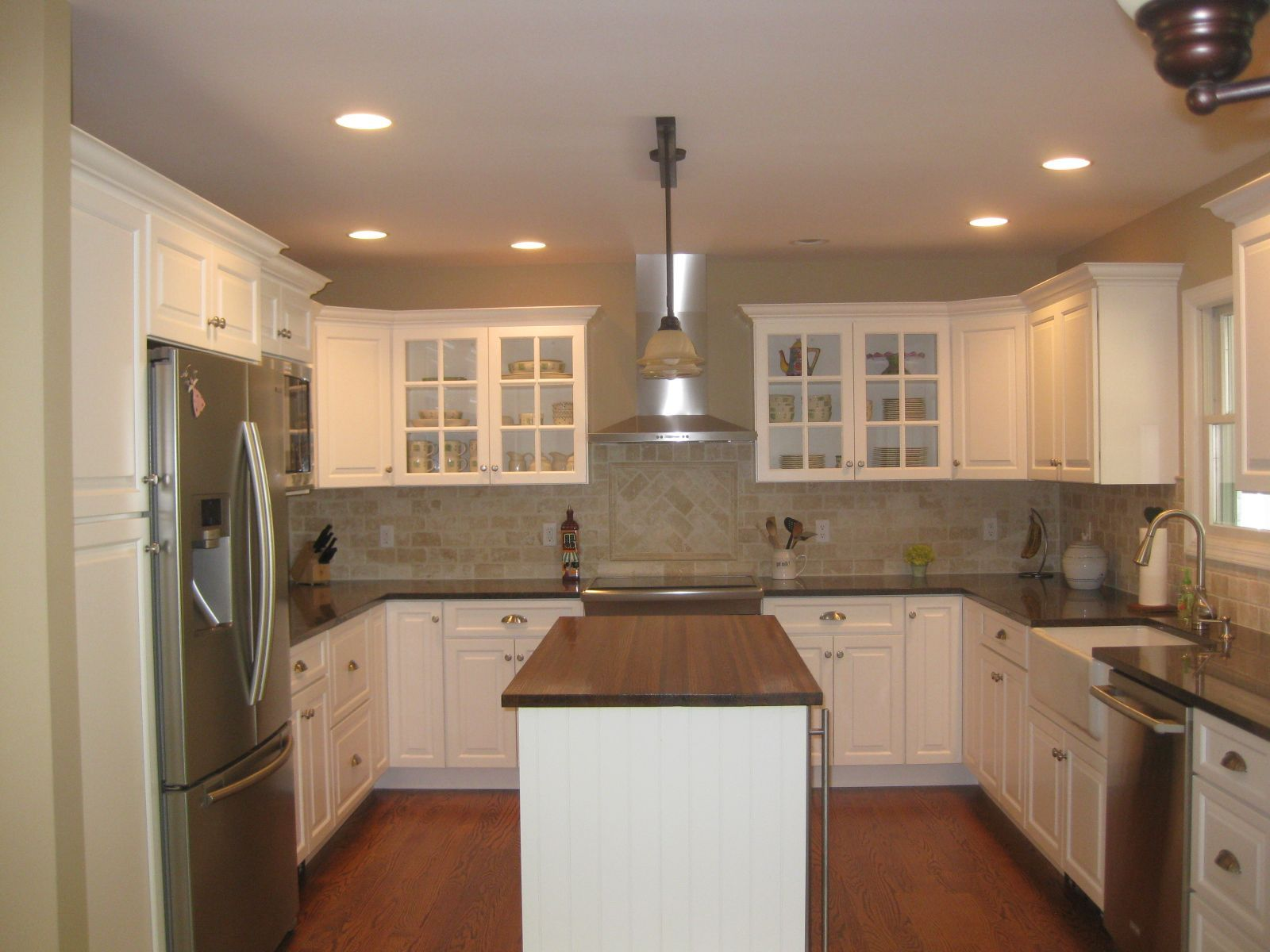 More Ideas Below Kitchenremodel Kitchenideas Small U Shaped Kitchen With Island Design Farmhouse Peninsula Before And After