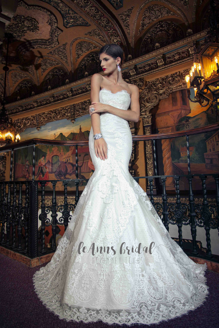 Yumi Katsura Eve This Stunning Strapless Fit And Flare Gown Features A Sweetheart Neckline Sheer Back: Expensive Wedding Dresses Online At Websimilar.org