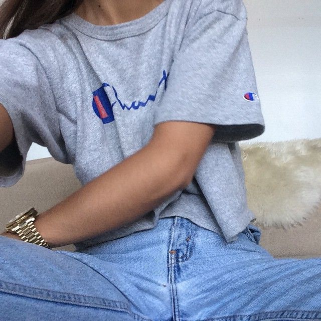 cc8893ab38ad Ladies in streetwear  Emily Oberg in Champion