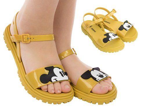 793022b54 zaxy mickey sandalia amarela Sapatos Zaxy, Sandálias Amarelas, Produtos  Disney, Sapatos Femininos,