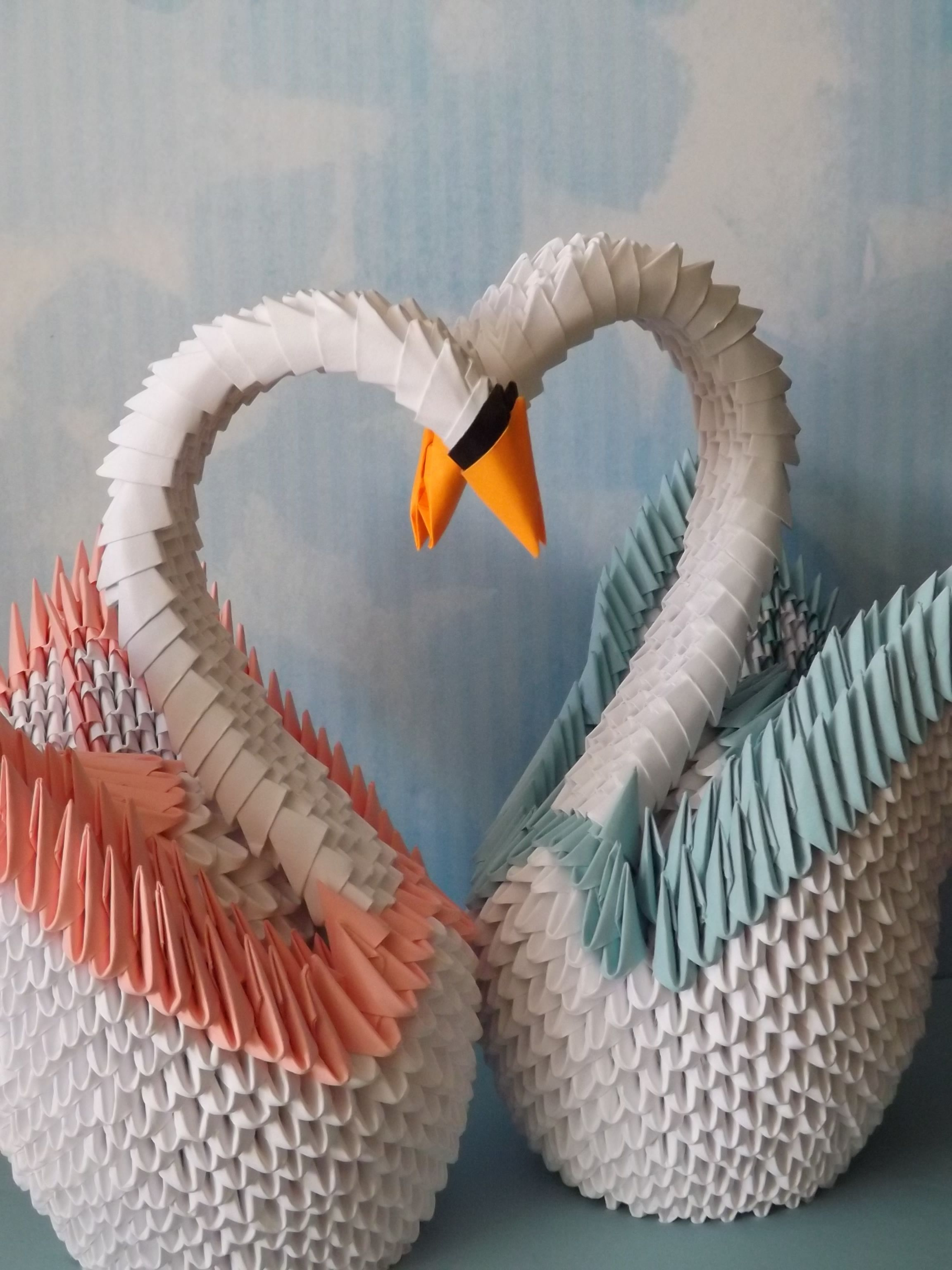Origami swans took many hours to make. http://www.etsy.com ... - photo#3