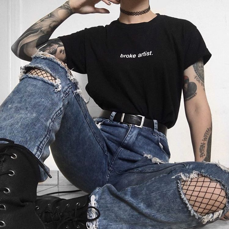 "BLVCK.PL � aesthetic • grunge on Instagram: ""outfit 1 or 2? � @flatcetera Broke Artist tee � www.blvck.pl • • • • • #grunge #grungestyle #grungeteens #aesthetictumblr #tumblrgrunge…"""