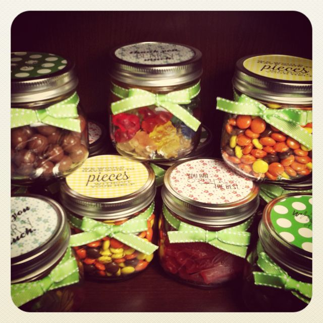 Thank You Candy Jars For Volunteers Super Easy Just Come Up With A Cute Candy Phrase Like We Would Have Volunteer Gifts Dinner Centerpieces Small Diy Gifts
