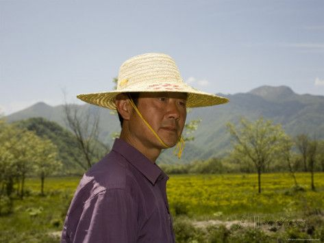 71f67c1c6ee9e chinese men in straw hats