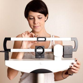 La obesidad le preocupa a la sociedad actualmente. El sedentarismo y los malos hábitos alimenticios son de los factores que han contribuido a su aumento. No es  sólo una cuestión estética, es salud, pues el exceso de peso está asociado a varias enfermedades crónicas que te pueden poner en riesgo. O sea, empeora tu calidad de vida, hace que te sientas mal y sin energía…Hoy en Entrenamiento ePpAd, te animamos a que tomes acción si tu peso hace que tu calidad de vida no sea como a ti te…