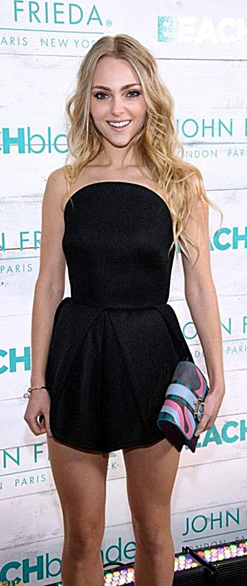 AnnaSophia Robb | Annasophia robb, Little black dress, Fashion