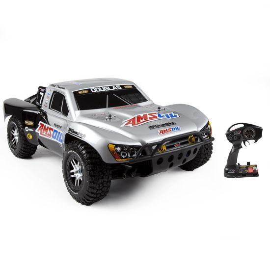Traas Slash 4x4 Ultimate 2 4 With Dock Rtr Electric Rc Truck