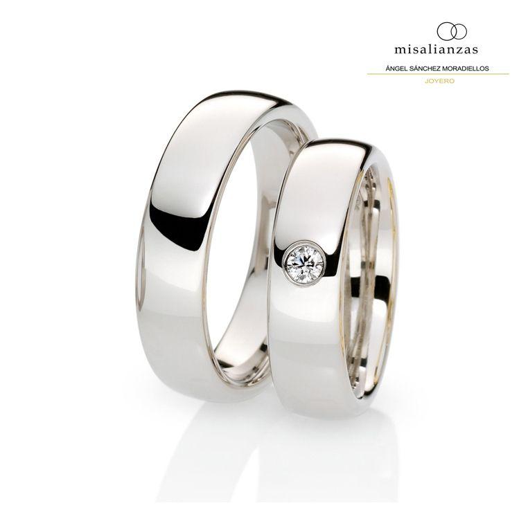 4a30f3ce0384 Alianzas de oro blanco sencillas  boda  anillos  novia