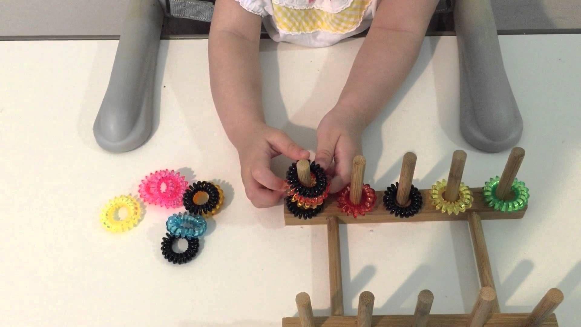 お金のかからない手作りのおもちゃ 1歳頃から Vol 2 Youtube お金のかからない手作りのおもちゃ 1歳頃から Vol 2 手作りおもちゃ 手作り ハンドメイド