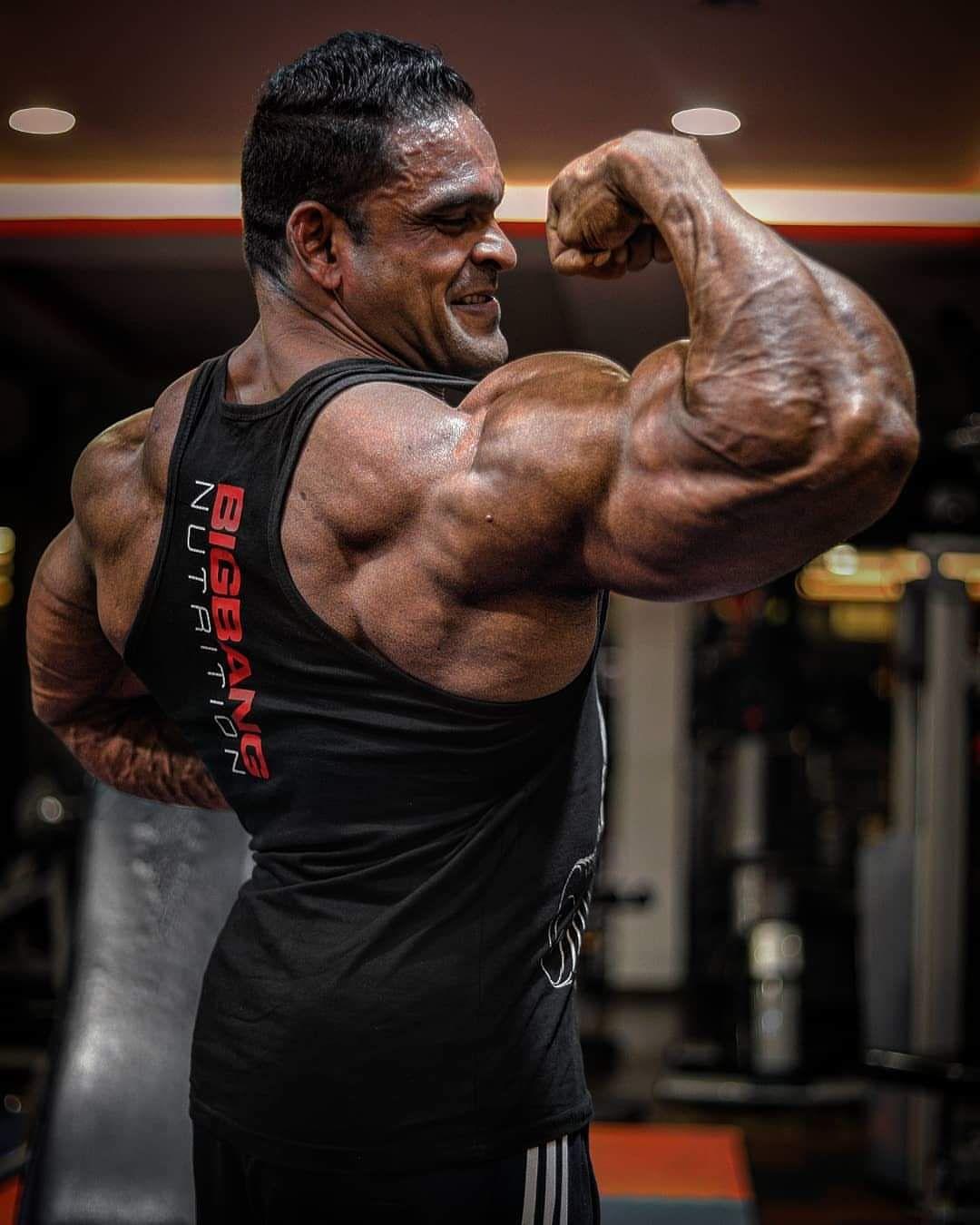 Pin by Jon Doez on JUST MUSCLES | Statue, Bodybuilding