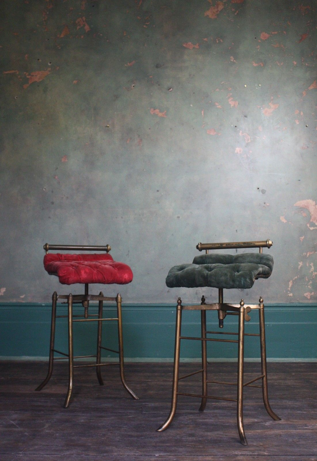 Stool Furniture Decor [ 1600 x 1101 Pixel ]