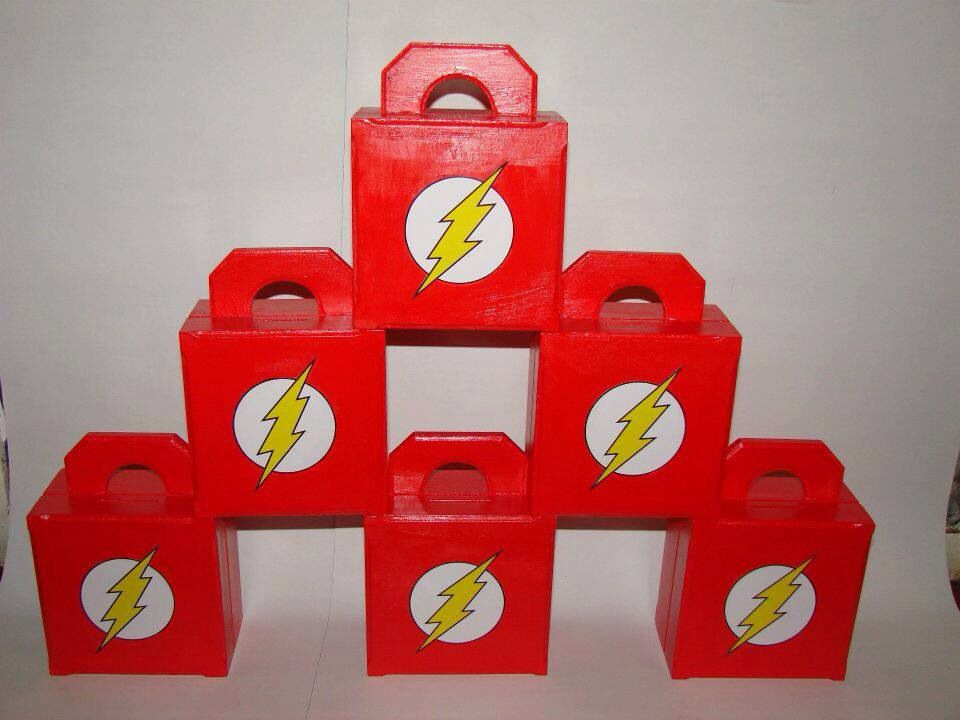 Resultado de imagem para cubo lembrancinha do flash