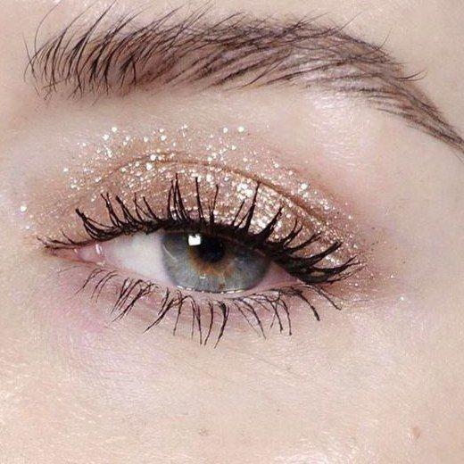 макияж  мейкап  макияжглаз  makeup  блесткинаглазах  нежныймакияж   светлыймакияж  серебристыетени  mypositivestyles  myps ae65d6e187d09