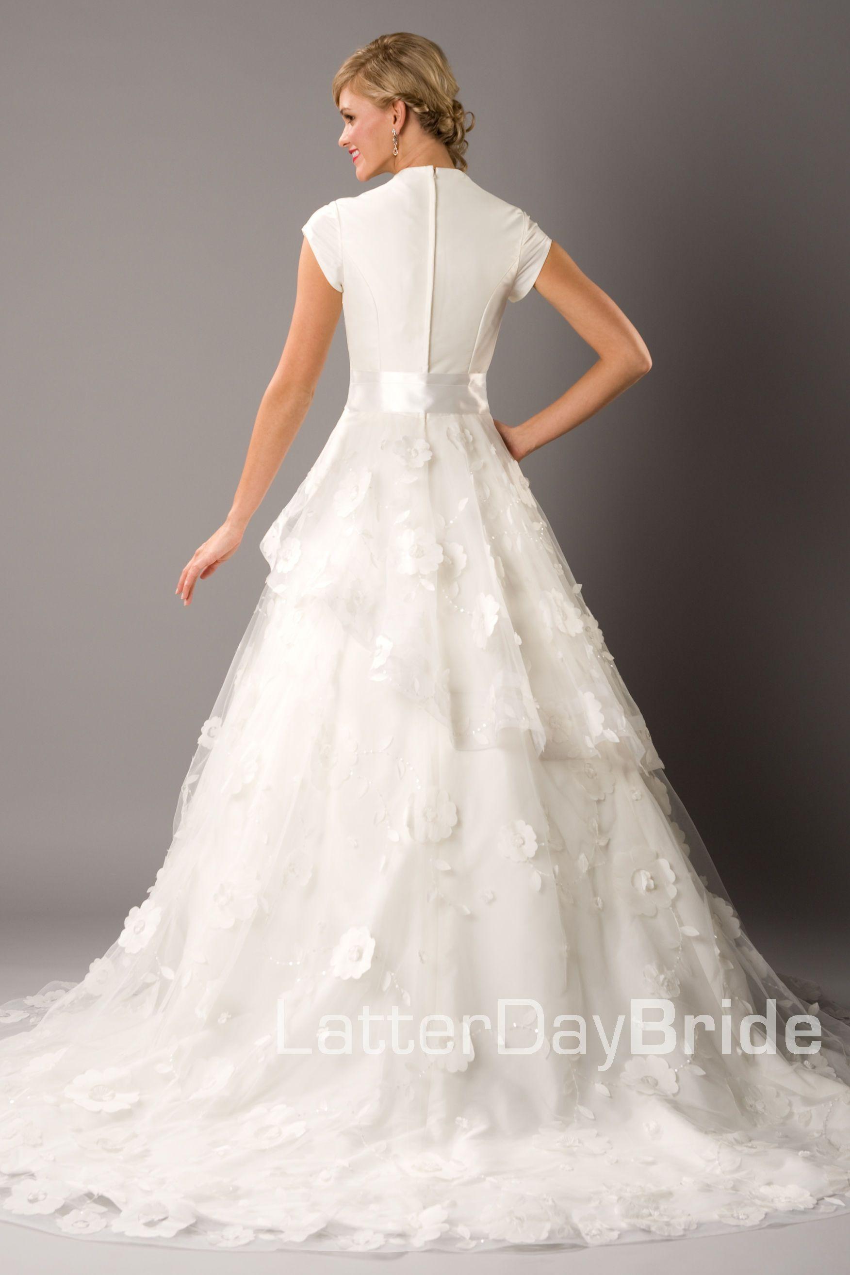 Pin by Amanda Olivarez on Wedding Dresses Modest wedding
