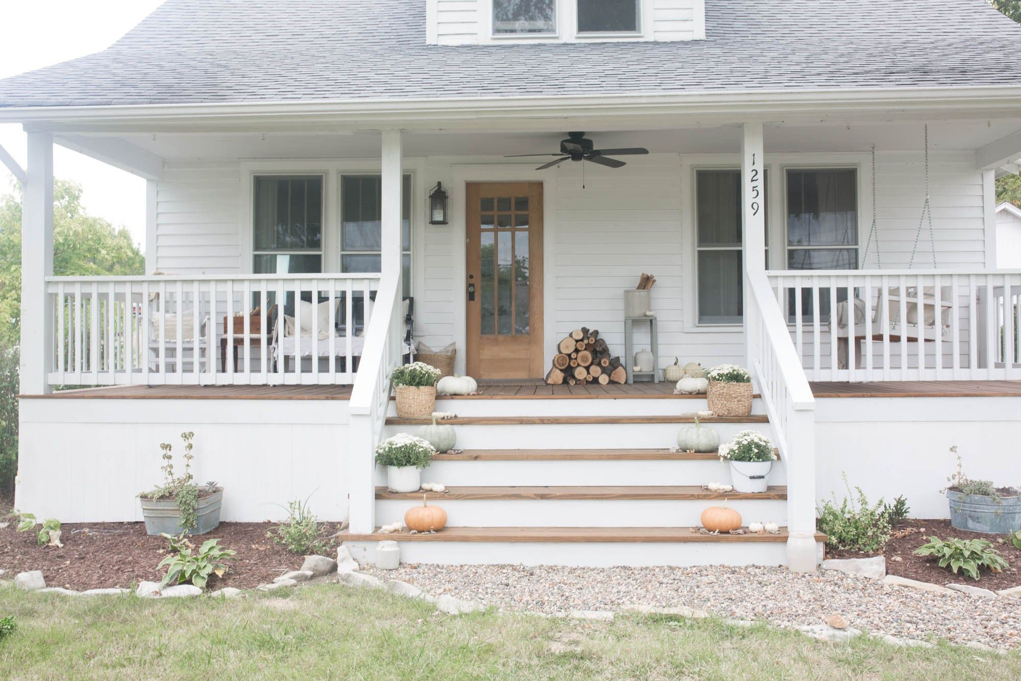 Fall Farmhouse Front Porch Farmhouse Front Porches Front Porch