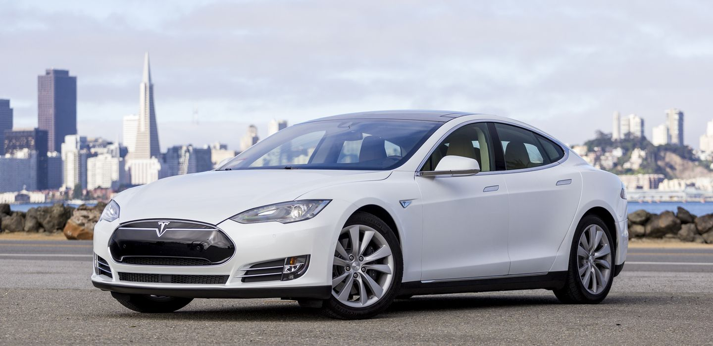 Take A Trip In Autopilot Tesla P85 Fully Loaded Tesla Model S Tesla Car Rental