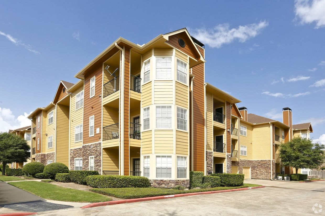 See All Available Apartments For Rent At Residence At Westchase In Houston Tx Residence At Westchase Has Rental U House Styles Residences Apartments For Rent