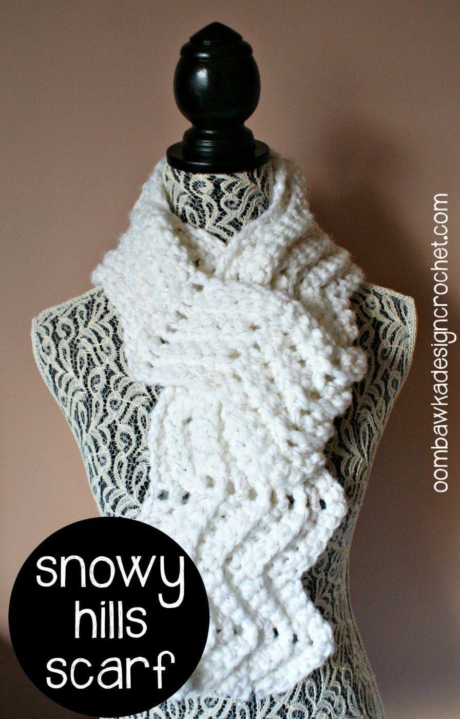 Snowy Hills Scarfie - Free Pattern