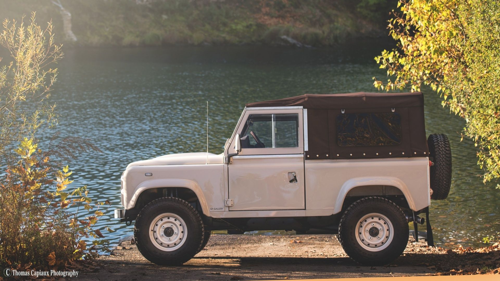 2013 Land Rover Defender 90 Soft Top Heritage Classic Driver