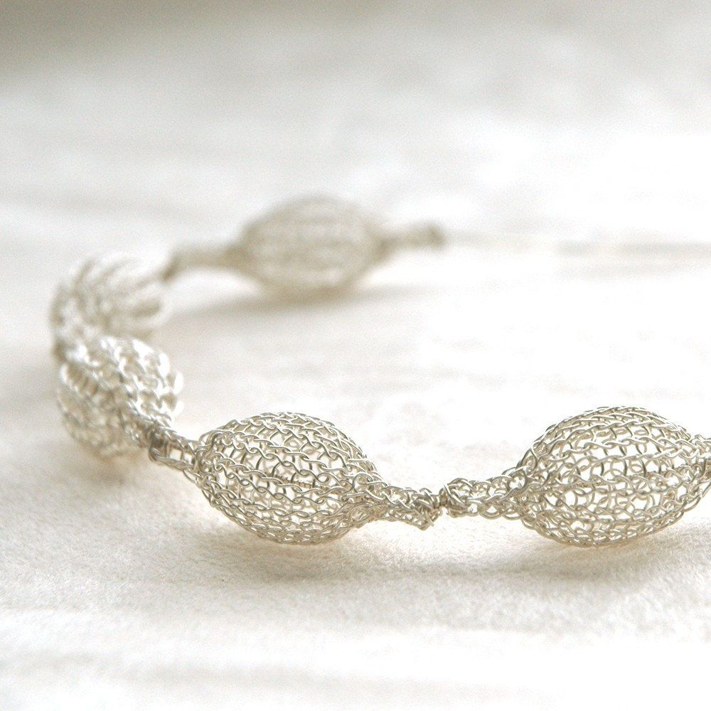 Silver BRIDAL necklace silver white pods chain crochet jewelry ...