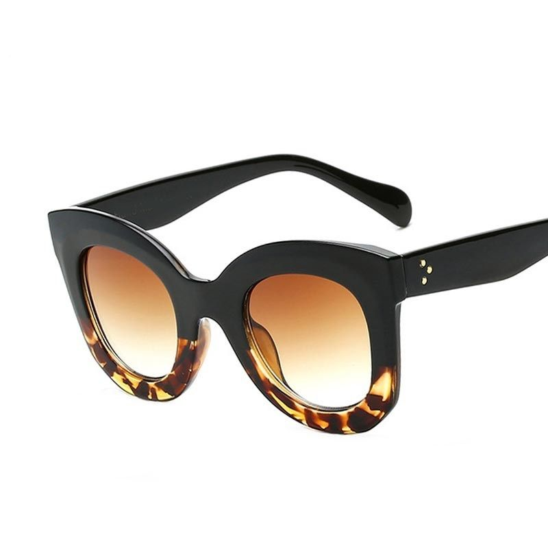5023128a5 Óculos de Sol Céline Martha® - Preto   Tartaruga
