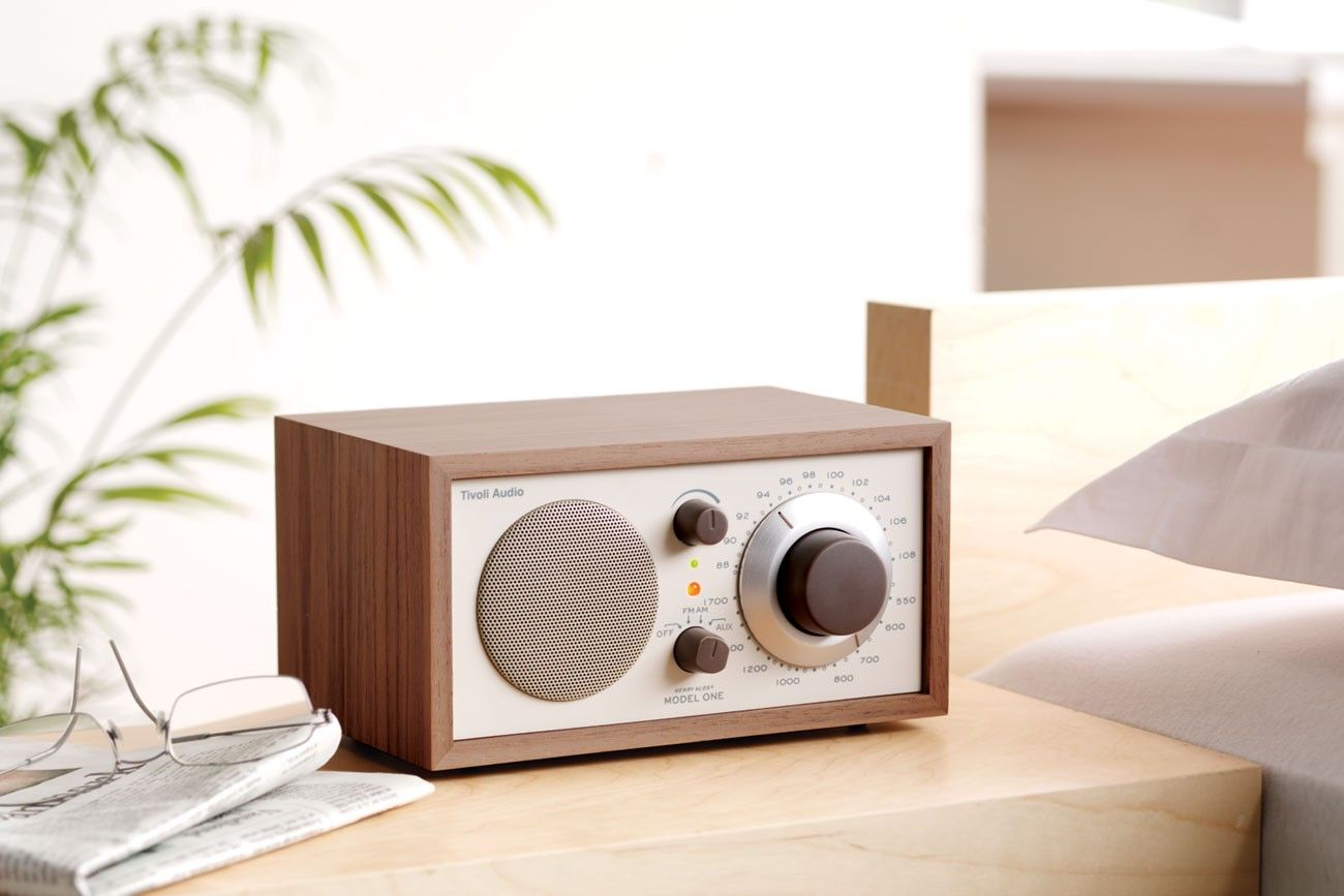 Tivoli Radio Designer Tivoli Radio Wood Exterior Looks Good Great Sound And Compact