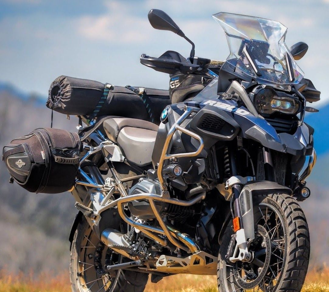 Bmw R1200gs In 2020 Bmw Bmw Motorcycles Street Fighter Motorcycle