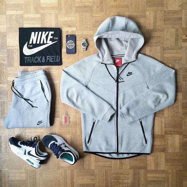 differently 80afb d527a NIKE.  fashion. Encontre este Pin e muitos outros na pasta Roupas Sneakers  de ...