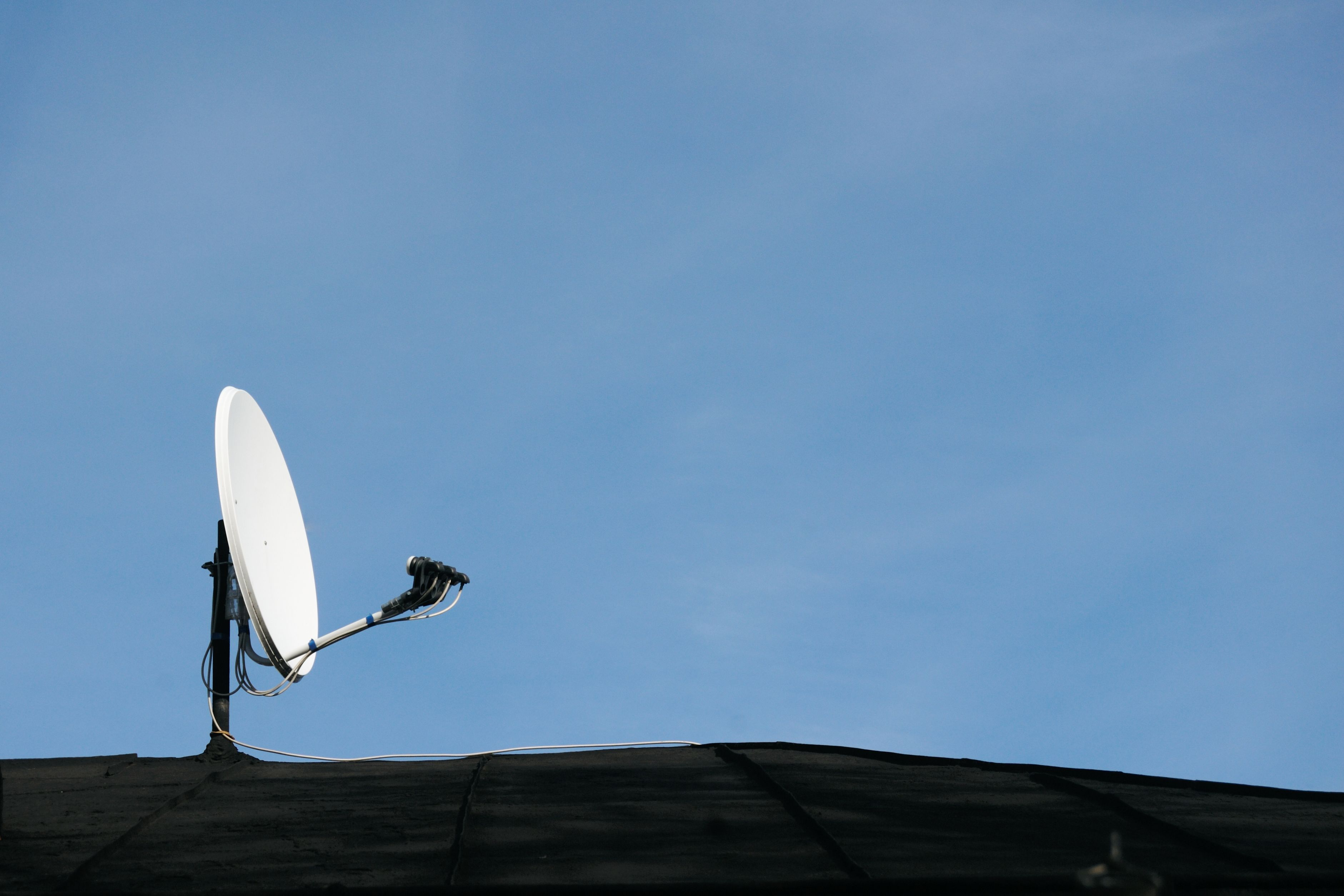 How to Clean the Satellite Dish to Improve Reception