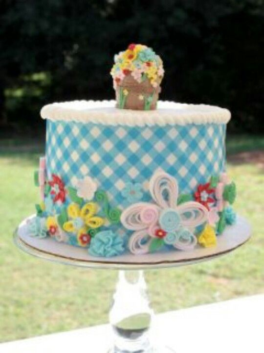 Quill/Plaid cake