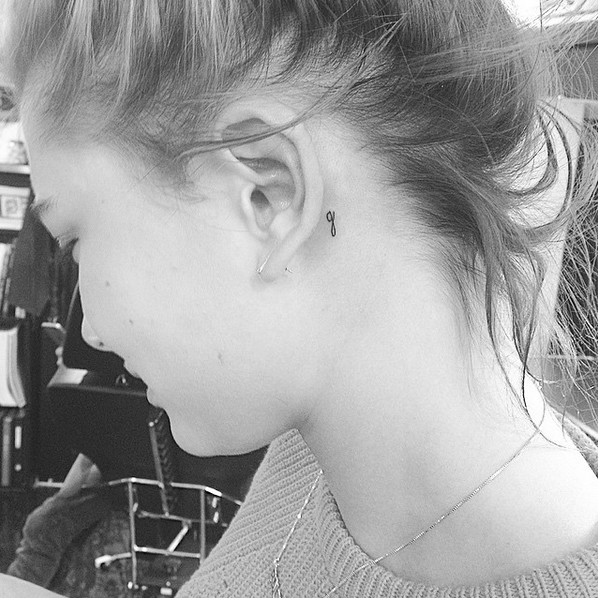 Kaia Gerber And Cara Delevingne S Brand New Matching Tattoos Are Total Bff Goals Jonboy Tattoo G Tattoo Behind Ear Tattoos