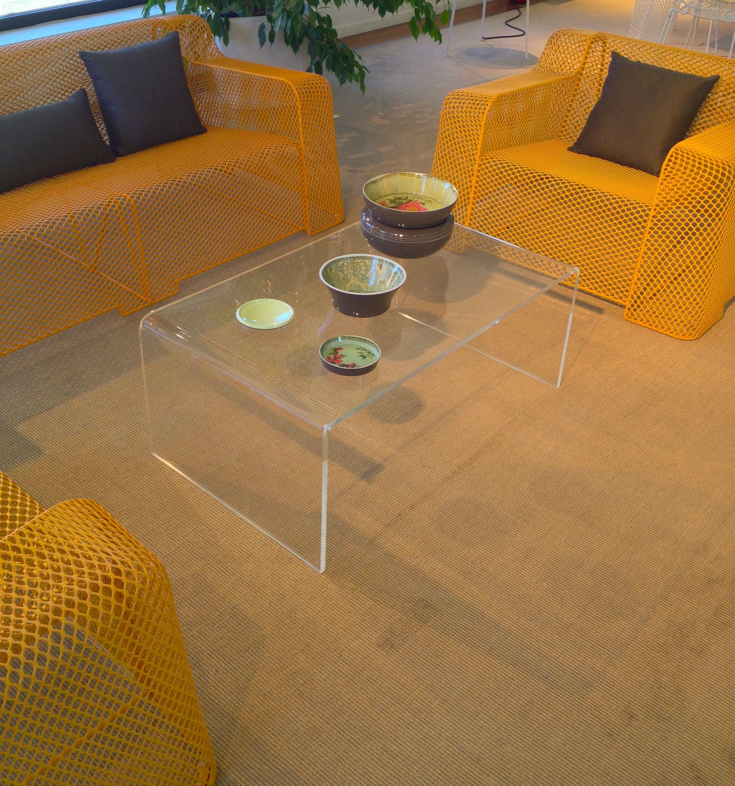 Tavolino basso soggiorno in plexiglass trasparente. #design ...