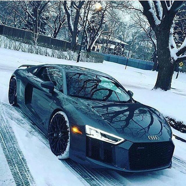 Dieses und weitere Luxusprodukte finden Sie auf der Webseite von Lusea.de  Would you drive this R8 in the snow? ❄ Via @royalwhips • • --------------------------------------------------- Use #Carpicseurope for a chance to get featured #sweetcars