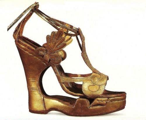 Años 60 Irene Sharaff (Zapatos utilizados por Elisabeth Taylor para la  película Cleopatra)