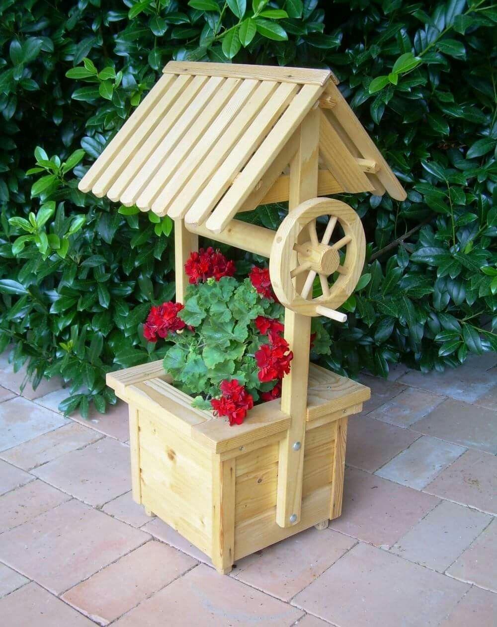 Brunnen Kunst Auf Holz Palettenmobel Garten Garten Deko