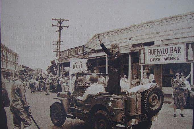 Lucy on a war bond tour