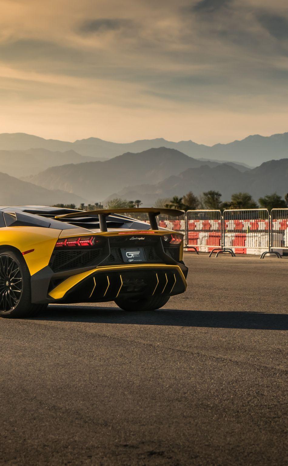 Aventador SVJ, yellow, rear view, 2019