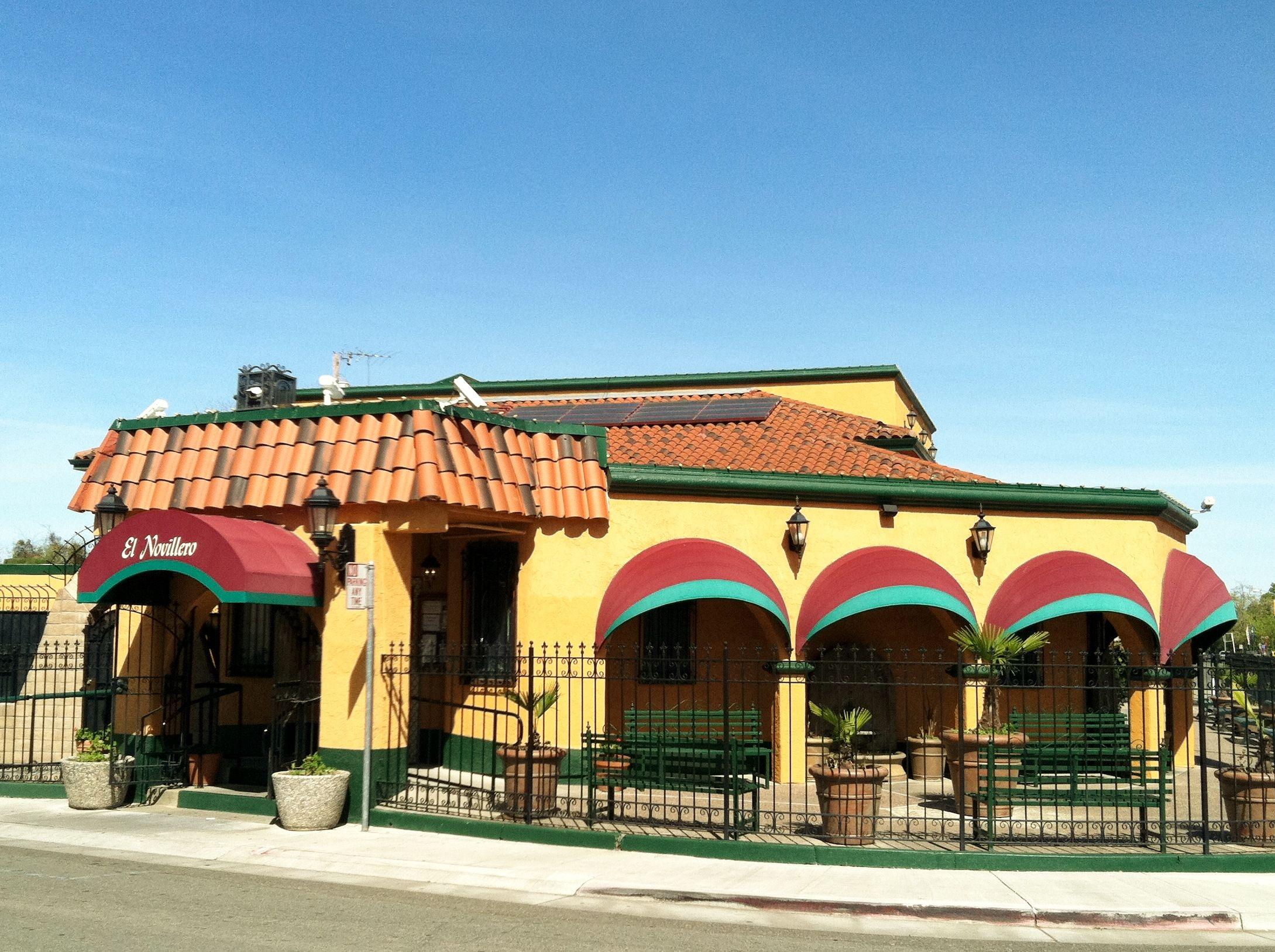 "El Novillero on Franklin Ave, Sacramento, a popular ""Gringo"" style Mexican Restaurant"