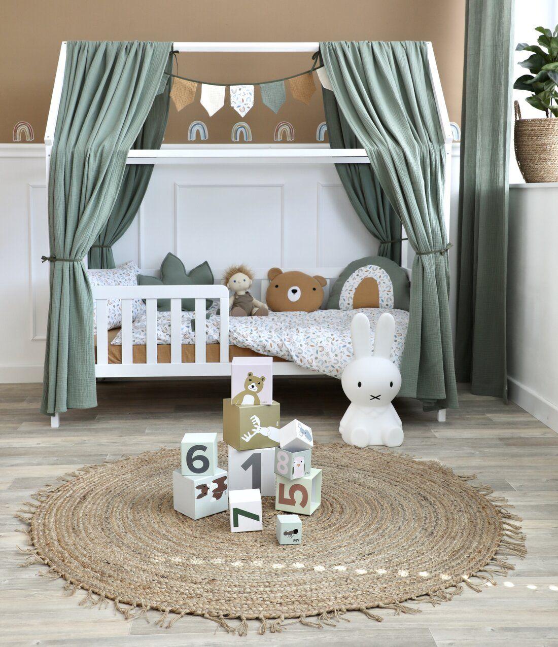 Kinderzimmer mit Hausbett in warmen Farben bei Fantasyroom online kaufen