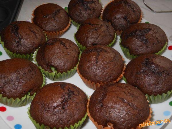 Viem, že receptov na muffiny je tu kvantum, ale aj tak pridám tento mnou odskúšaný.  Budem ho tu mať...